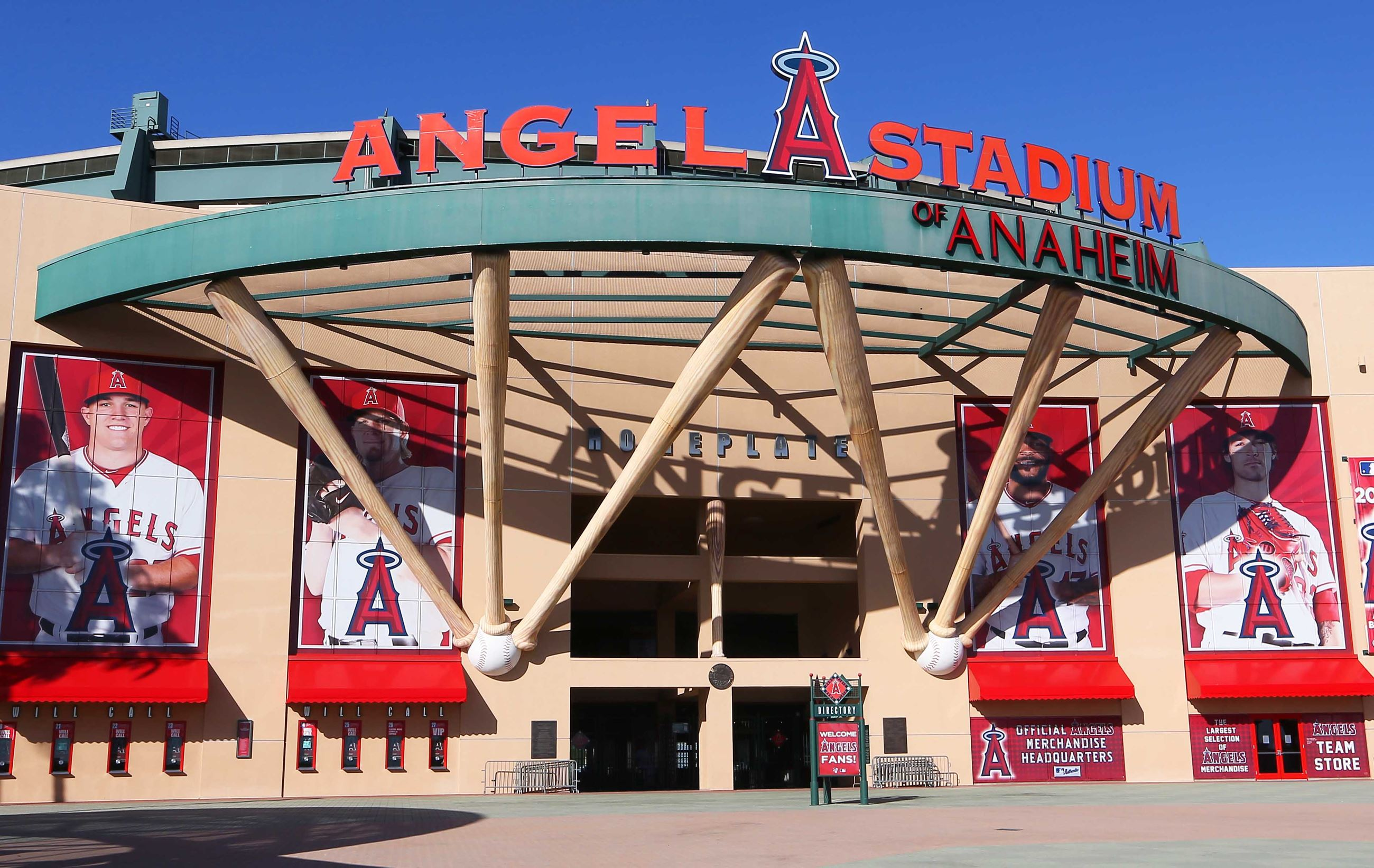 ce27e143532 10, 2019) — Anaheim's City Council on Tuesday is set to consider a one-year  stadium lease extension for Angels Baseball initiated by Mayor Harry Sidhu  ...
