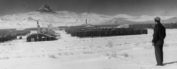 Frank Hirahara at Heart Mountain